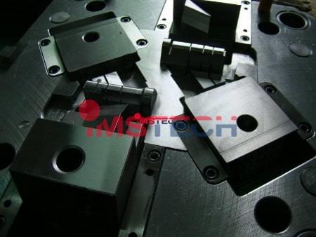 производство пресс металлических формы