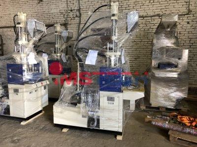 Пополнение склада вертикальных термопластавтоматов