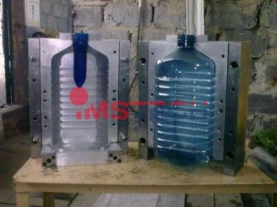 Формы для изготовления бутылок под давлением